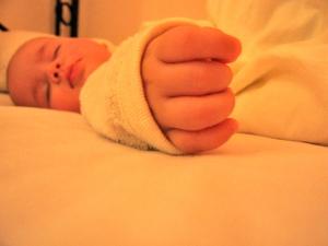 Schlafendes Baby - Tipps zum Durschlafen für Mütter